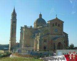 22 Abril Gozo y Festival Internacional de Fuegos Artificiales Día 1 Xhagra (16)