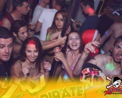 4 Junio DERECHO EN LA LAZY PIRATE BOAT PARTY (7)