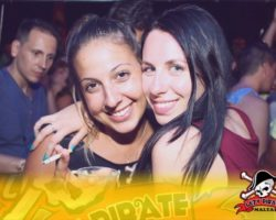 4 Junio DERECHO EN LA LAZY PIRATE BOAT PARTY (8)