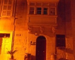 ABRIL MDINA BY NIGHT (30)