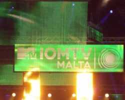 JUNIO MALTA ISLE OF MTV 2014 (1)