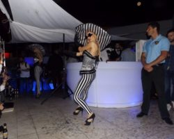 JUNIO SUNGLASSES AT NIGHT EN EL CAFÉ DEL MAR (13)