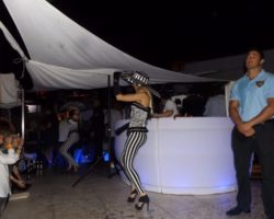 JUNIO SUNGLASSES AT NIGHT EN EL CAFÉ DEL MAR (15)