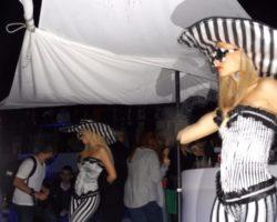JUNIO SUNGLASSES AT NIGHT EN EL CAFÉ DEL MAR (4)