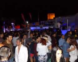 JUNIO SUNGLASSES AT NIGHT EN EL CAFÉ DEL MAR (8)