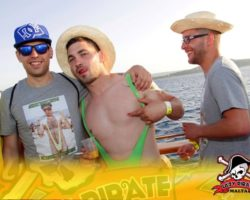 11 JUNIO ENFERMER@S EN LA LAZY PIRATE BOAT PARTY (10)