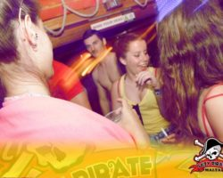 11 JUNIO ENFERMER@S EN LA LAZY PIRATE BOAT PARTY (13)
