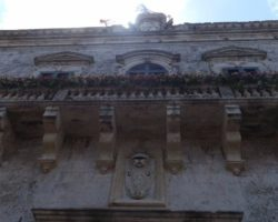 15 MAYO VISITA AL VERDALA PALACE MALTA (29)