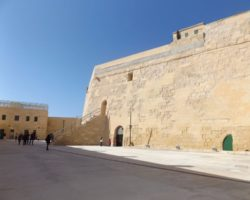 28 MARZO HAPPY BIRTHDAY, VALLETTA!!! 450 AÑOS (90)