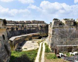 9 Abril Fort Manoel Gzira Malta (20)