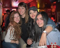 19 abril Spanish Friday Native Bar(17)